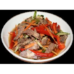 Ляньбянюру (мясо говядины, огурцы, болгарский перец, лук, специи)