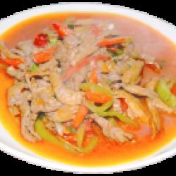 Могуру (грибы, мясо, овощи, специи)