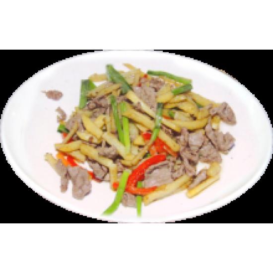 Мынжанянру (Мясо баранины, картофель фри, болгарский перец, специи)