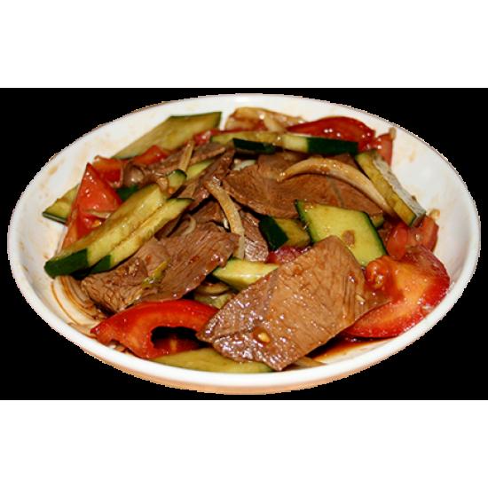Севилья (мясо говядины, огурцы, помидоры, лук, специи)