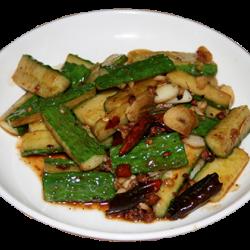 Шань хонга (жареные огурцы с красным перцем)