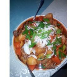 Дапянянру (мясо баранины с картофелем, тестом и овощами), порция на 4-5 человек)