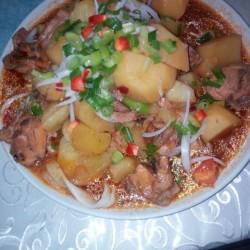 Дапанджи (курица, картофель, овощи, тесто) (порция на 4 персоны)